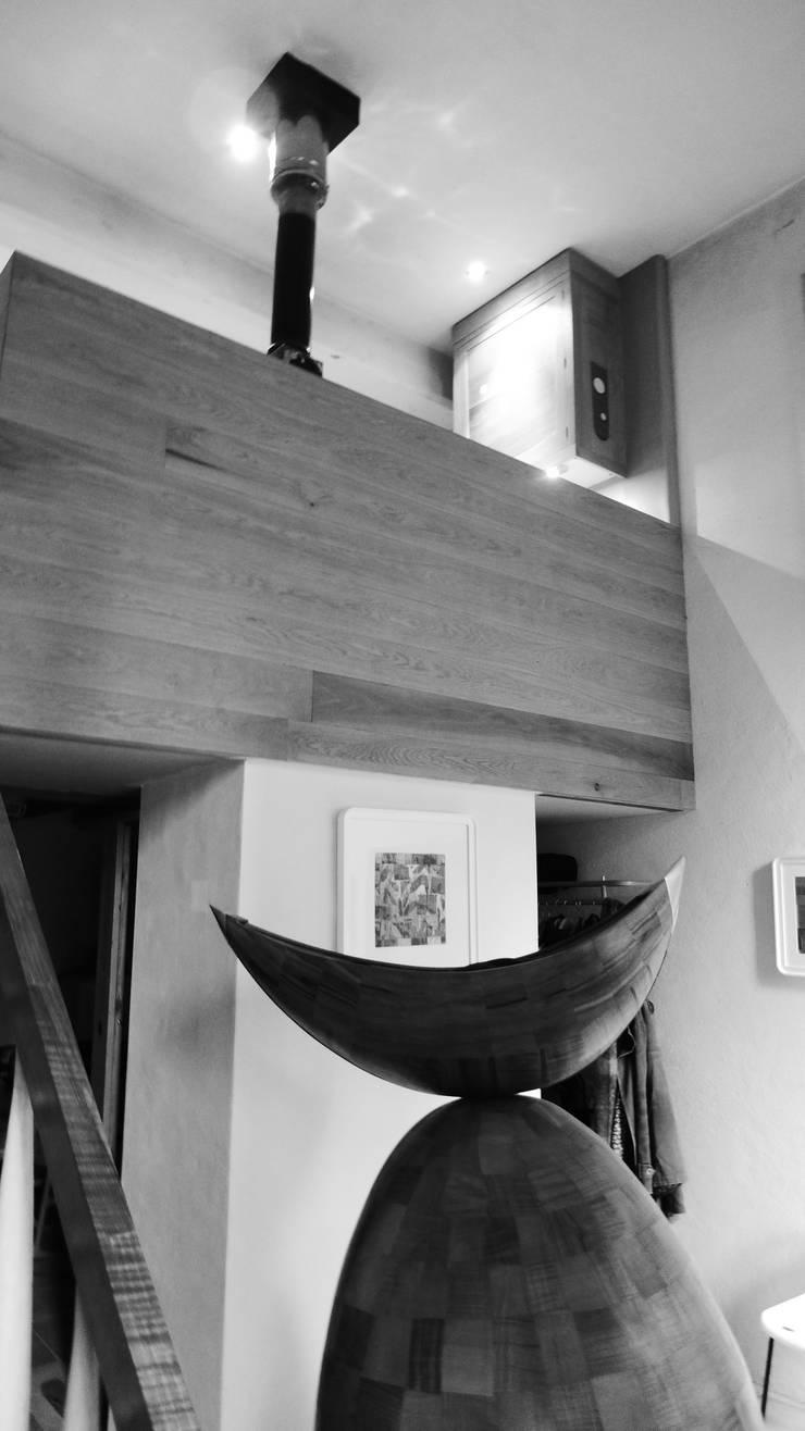 Usine Electrique:  Houses by David Arnold Design