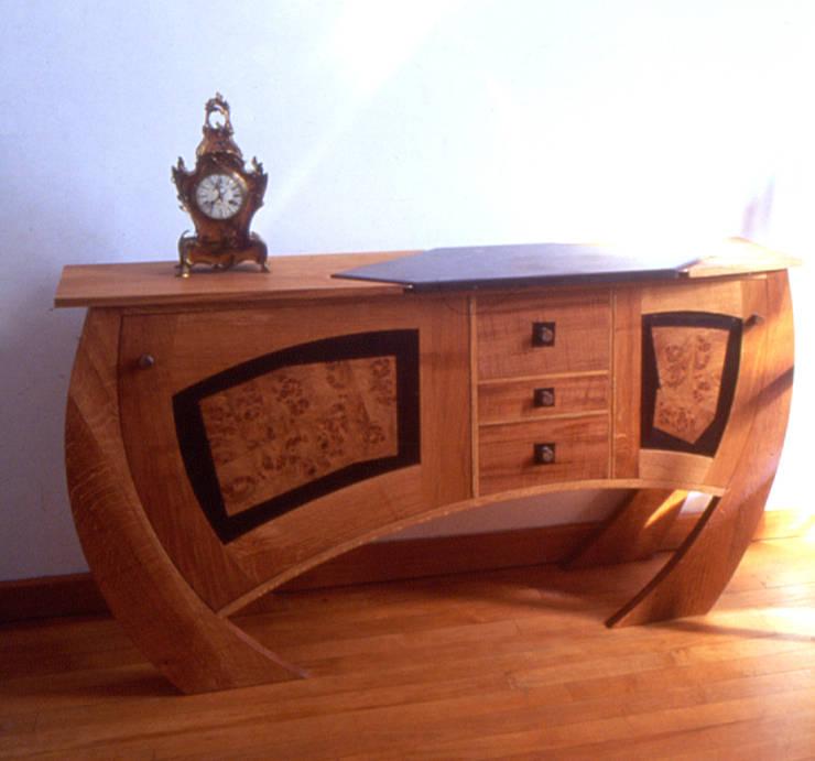 Oak dining suite:   by David Arnold Design