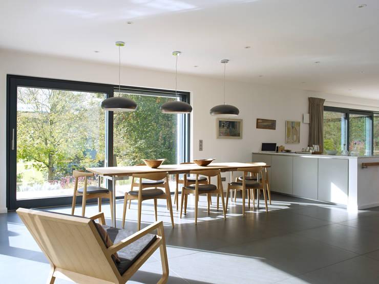 Essbereich: modern  von Bau-Fritz GmbH & Co. KG,Modern