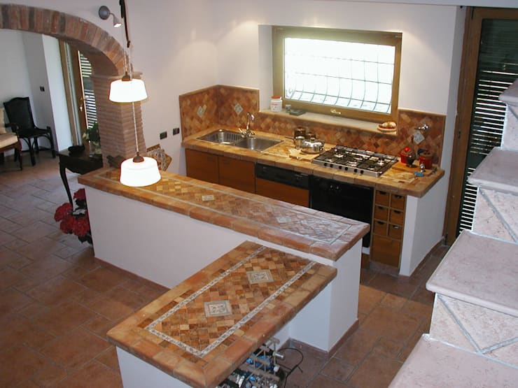 mediterranean Kitchen تنفيذ La Fleche Design