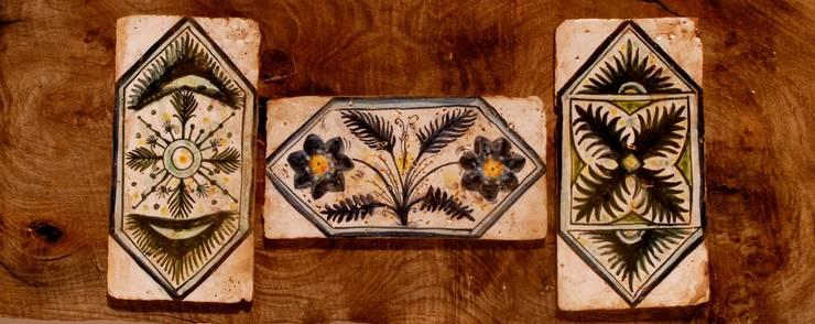 Ceramica : Bagno in stile  di La Fleche Design