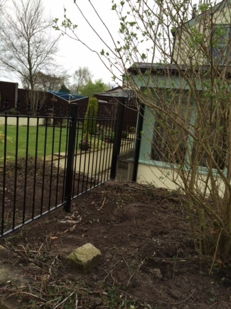 Bespoke Gates and Fencing:  Garden  by Garden Gates Direct