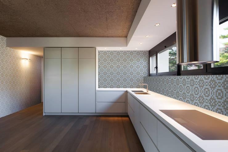 Haft 5: styl , w kategorii Ściany zaprojektowany przez Trufle Mozaiki