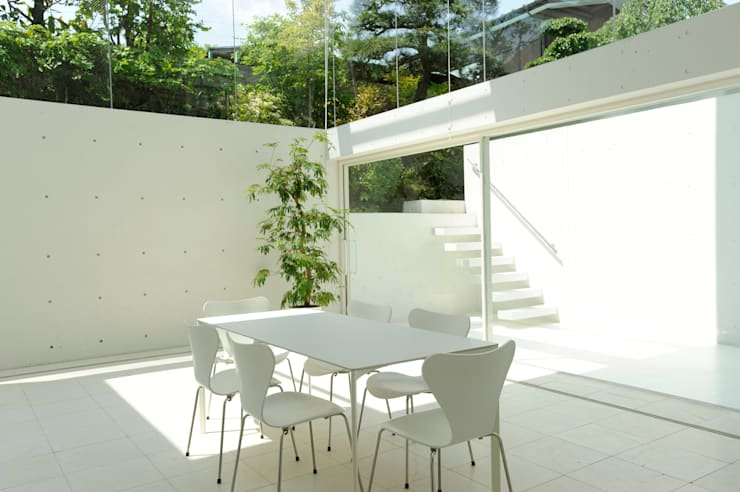 Casas  por studio M architects / 有限会社 スタジオ エム 一級建築士事務所,