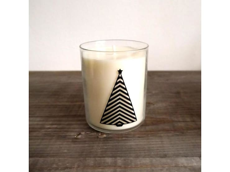 Natural Christmas Candle:  in stile  di KiiO Candles