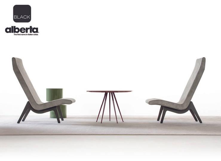 Black Collection:  in stile  di Alberta Pacific Furniture, Moderno