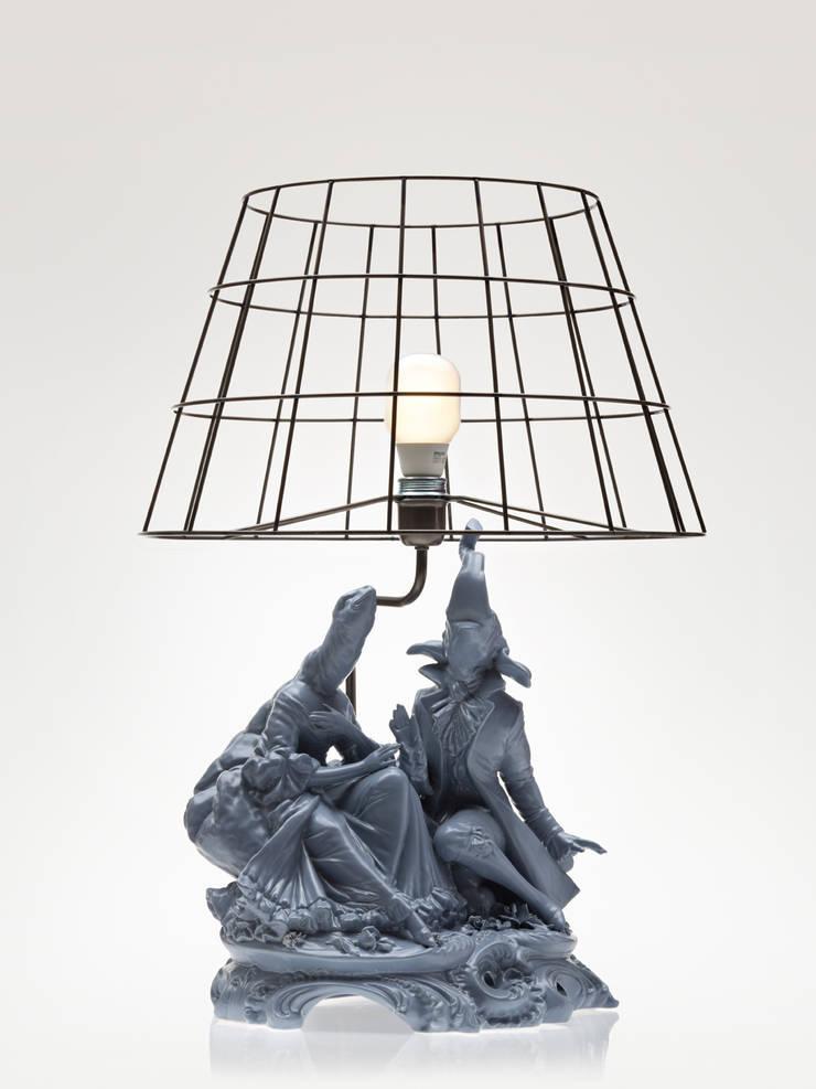 L'ELEFANTE E LA TARTARUGA:  in stile  di REBIRTH CERAMICS, Moderno