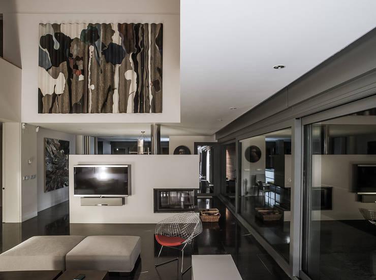 EAS Arquitectura:  tarz Oturma Odası