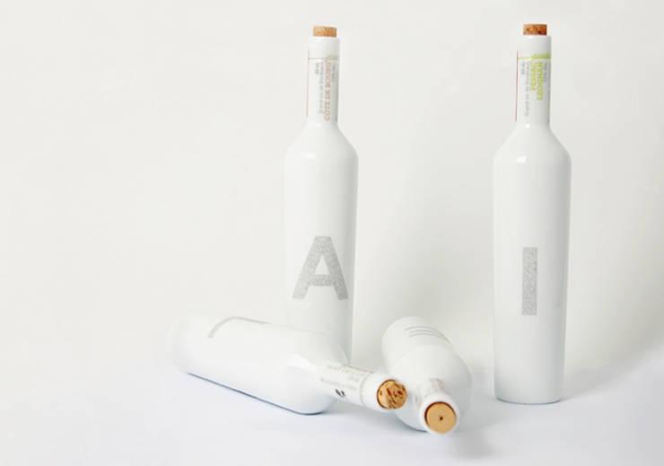 Porcelain: Cave à vin de style  par Muse