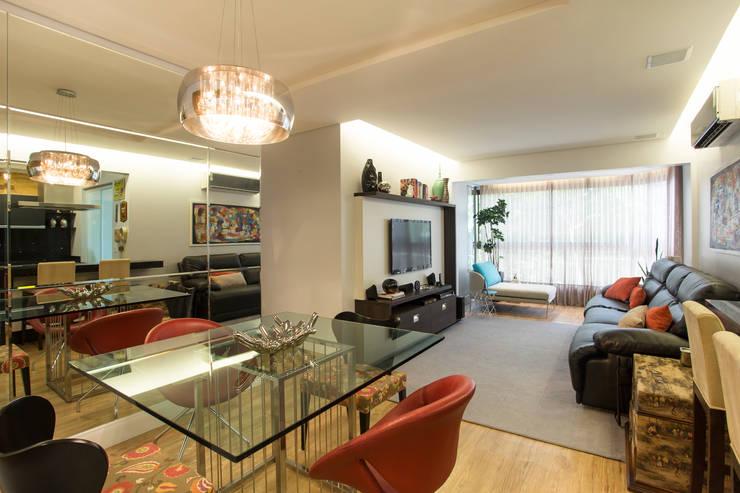 apartamento Final de semana: Casas modernas por Rico Mendonça