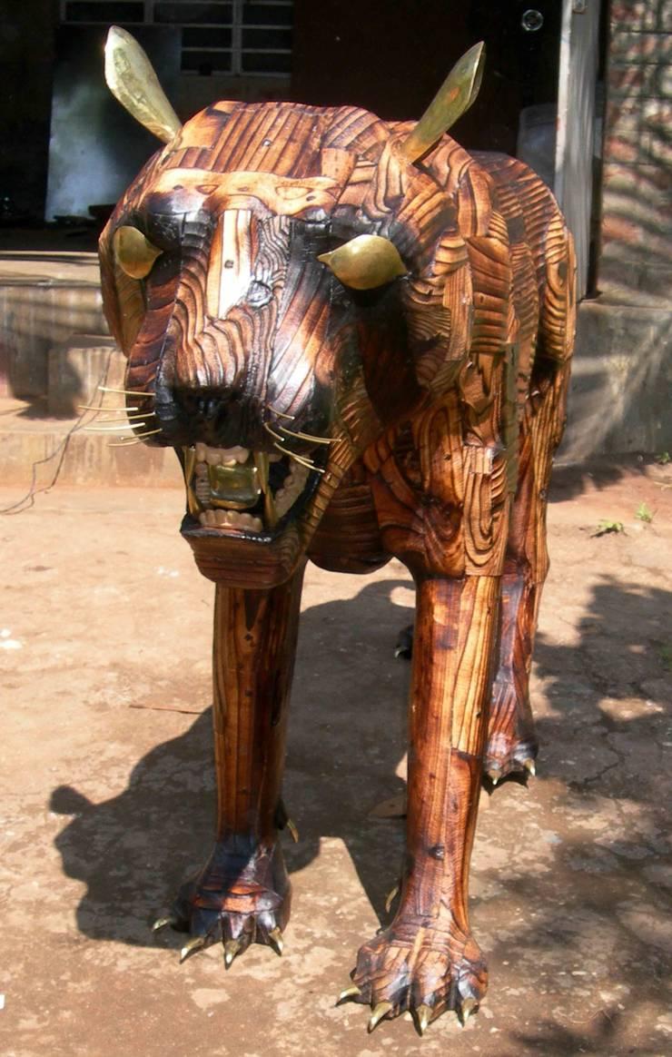 tiger:   by mrittika,  the sculpture
