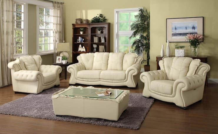 Cream White  Leather Sofa:  Living room by Locus Habitat