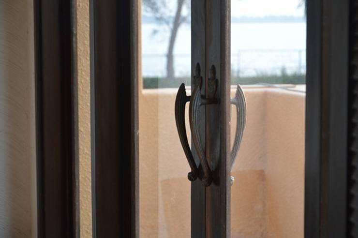 """<q class=""""-first"""">art work</q> at raichock<q> spa villa</q> :   by mrittika,  the sculpture"""