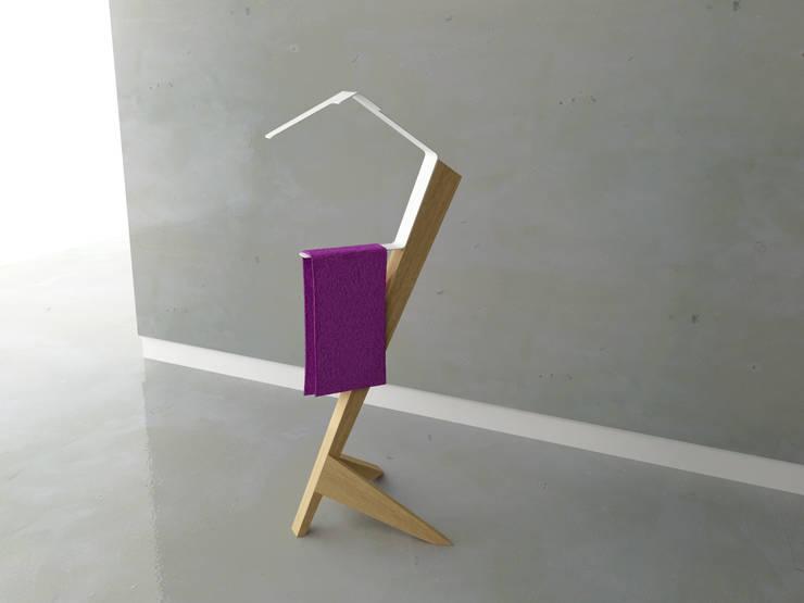 valet: Salle de bain de style  par Julien Beurrier