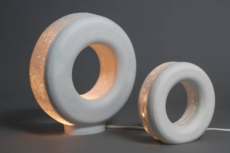 anneaux: Maison de style  par Les Souris Blanches