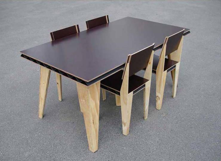 TABLE & CHAISE:  de style  par DAVID ENON