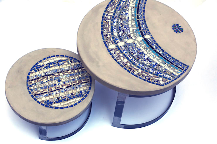 Tables basses de jardin en mosaïque et béton par Vanina Mercury: Jardin de style  par vanina.mercury