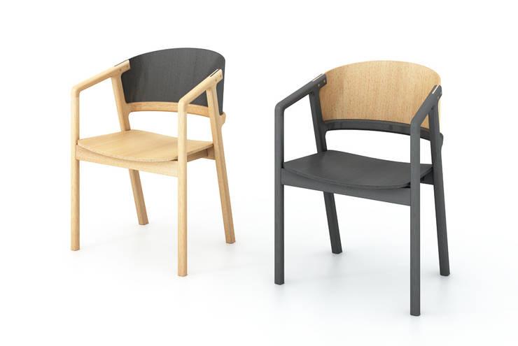 replace chair: TATSUO KURODA STUDIOが手掛けたリビングルームです。