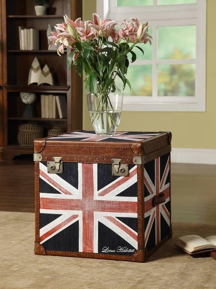 Union Jack Vintage Side Table:  Living room by Locus Habitat