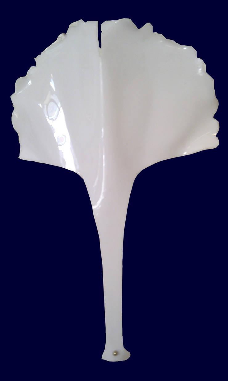 """Luminaire - Applique """"Feuillages de Ginkgo: Maison de style  par Artiste Sculpteur, Designer et Artisan d'Art"""