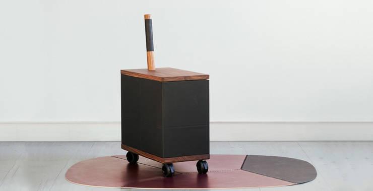 QUAC - BAR:  in stile  di Tonuccidesign, Eclettico
