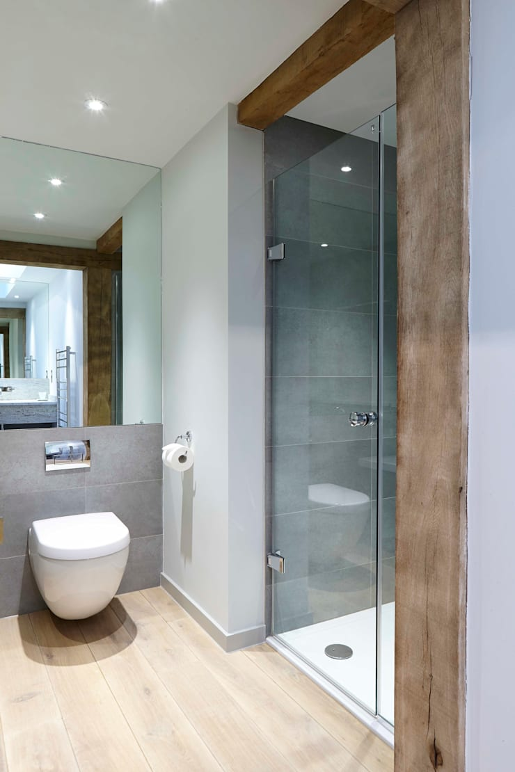 Stable Cottage:  Bathroom by Adam Coupe Photography Limited