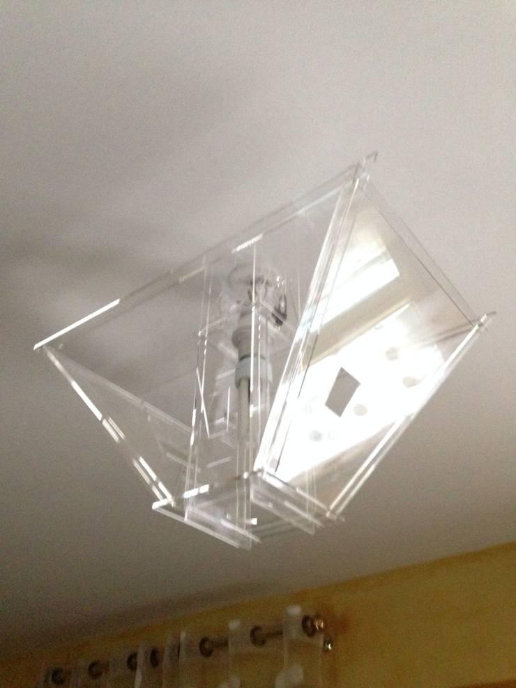 Lampe.Mampe: Chambre de style  par Maxime GROULT