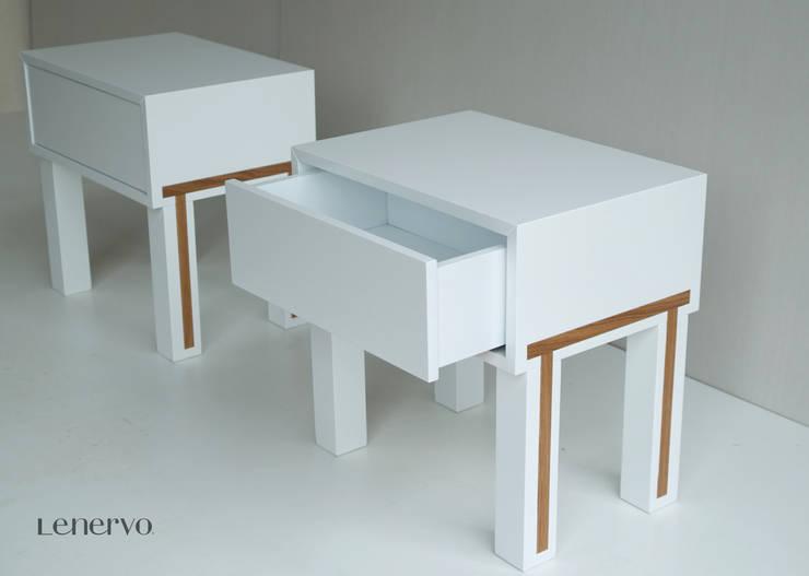 mesillas bassa de lenervo: Dormitorios de estilo  de Lenervo