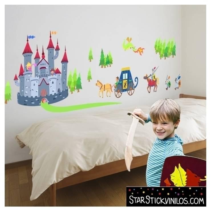Habitaciones infantiles de estilo  por StarStick