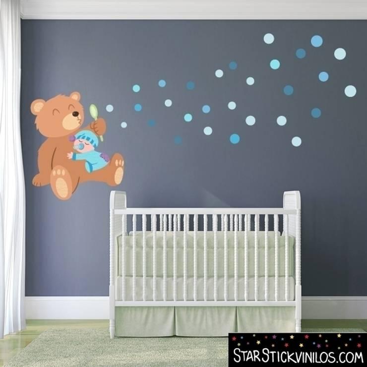 Vinilo infantil decorativo Osito con burbujas Azul: Habitaciones infantiles de estilo  de StarStick