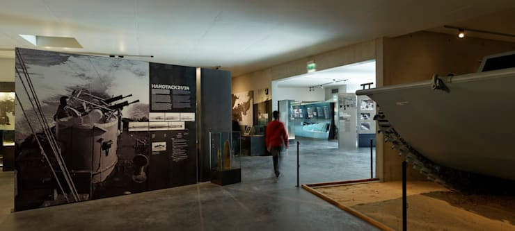 MUSEE DU DEBARQUEMENT UTAH BEACH: Musées de style  par Barbara Sterkers , architecte d'intérieur