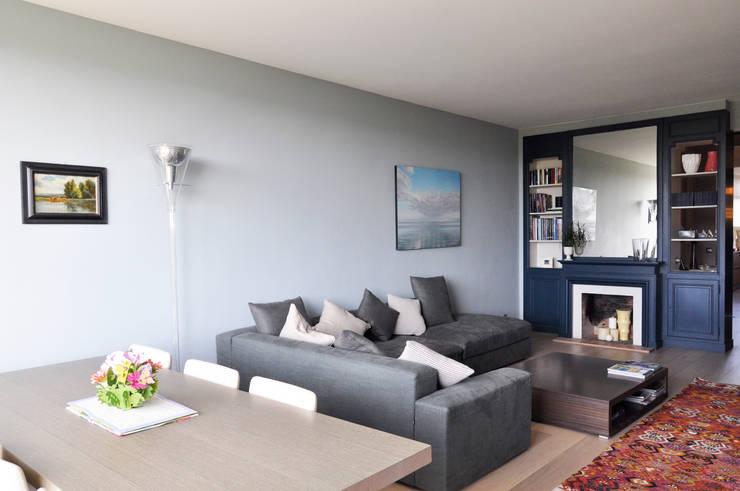 Salas de estar  por Barbara Sterkers , architecte d'intérieur