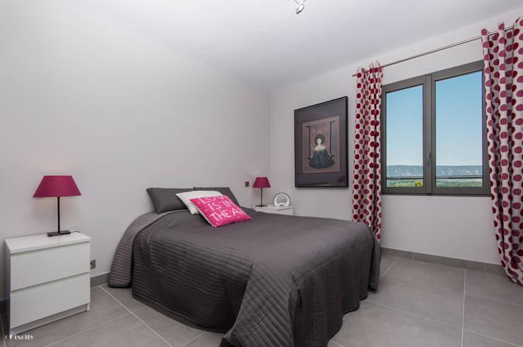 classic Bedroom by Pixcity