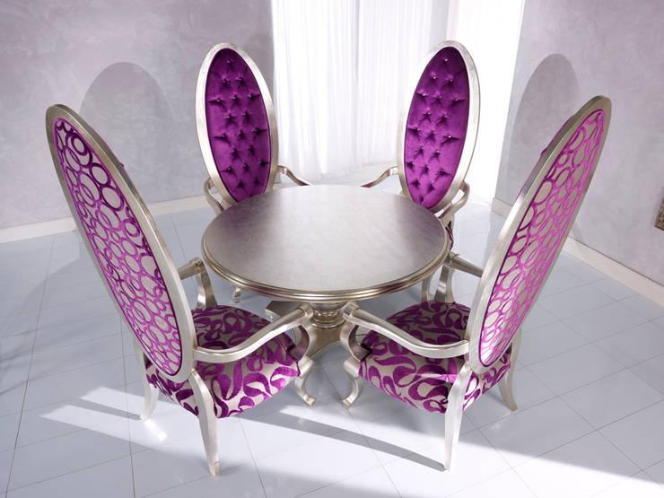 Art. 3319/A – Throne & Tables: Soggiorno in stile  di BelloSedie