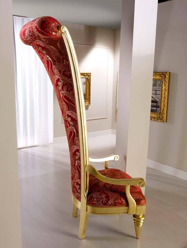 Art. 3400/A - Throne: Soggiorno in stile  di BelloSedie