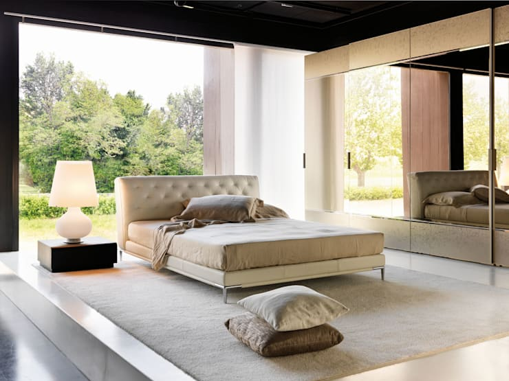 Letto Marlene: Camera da letto in stile  di la falegnami