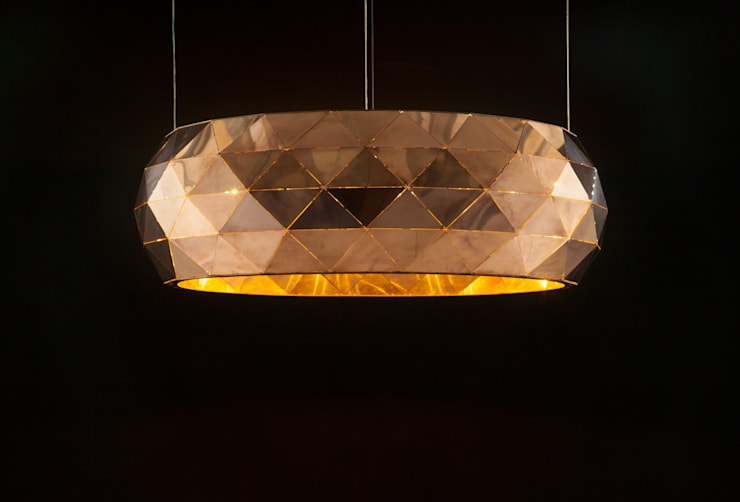 1000faces pendant lamp:  Kantoren & winkels door Geluk Design