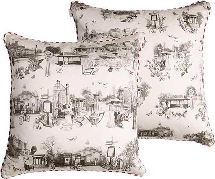 Harrogate Panoramic cushion:  Living room by Emily Humphrey Design