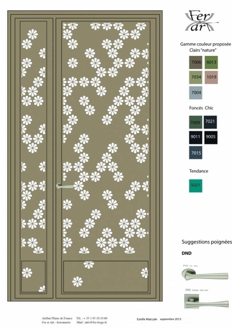 Design contemporain – porte florale:  de style  par Fer forgé