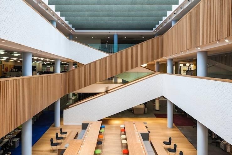 BBH Studio:  Office buildings by Mowat & Company Ltd