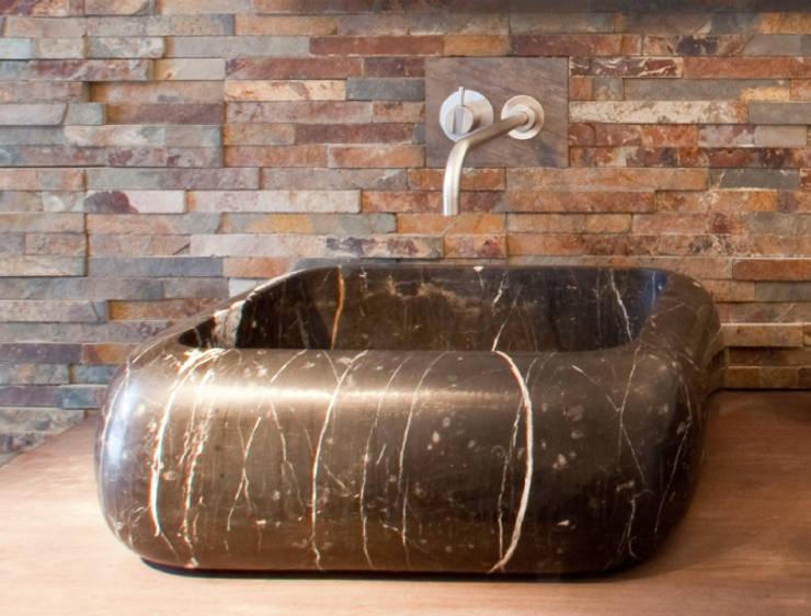Objekte der Begierde | Waschtische aus Naturstein: ausgefallene Badezimmer von Ströhmann Steindesign GmbH