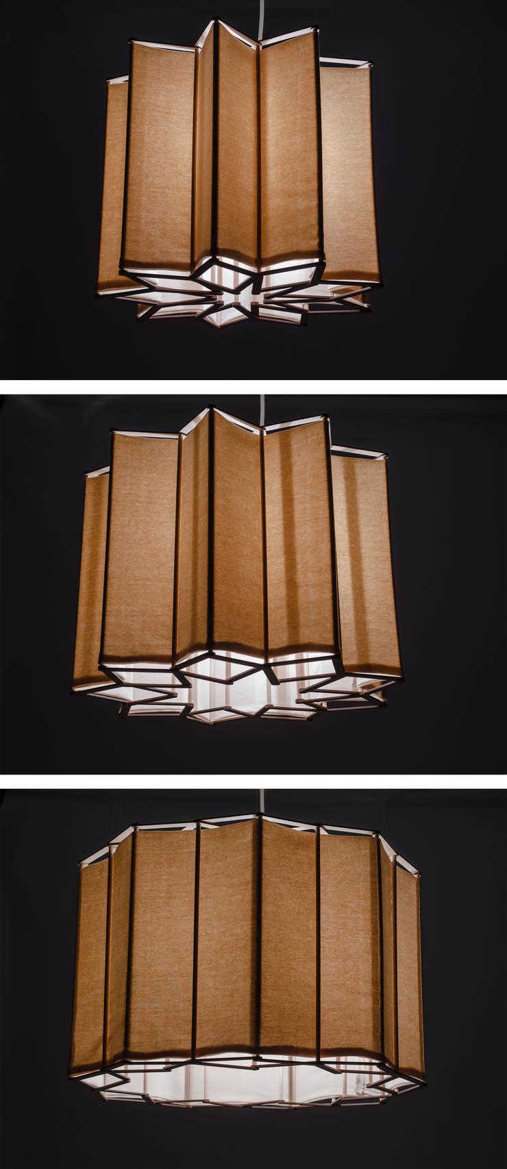 Suzanne, suspension modulaire et modulable: Salon de style  par JEAN-FRANCOIS GLEYZE