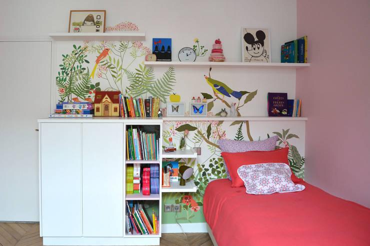 Décor Botanique adapté sur mesure: Murs & Sols de style  par Little Cabari