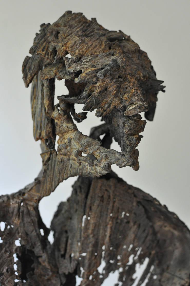 Homme fossile:  de style  par Julien Allègre