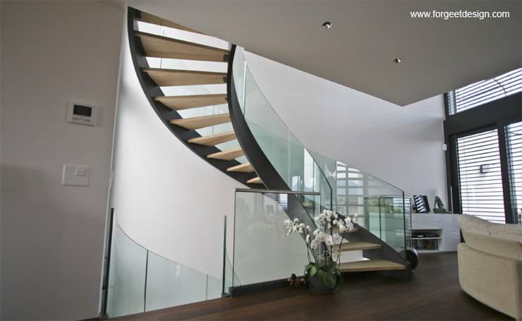 Escalier moderne:  de style  par contact226