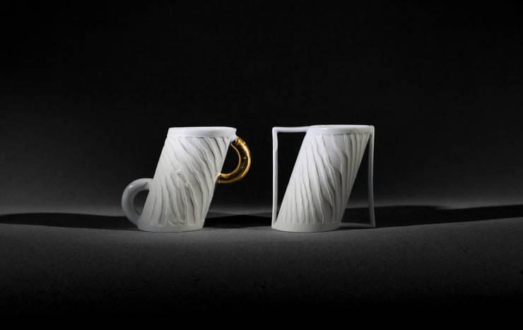 mug en biais: Maison de style  par Poterie de Levejac