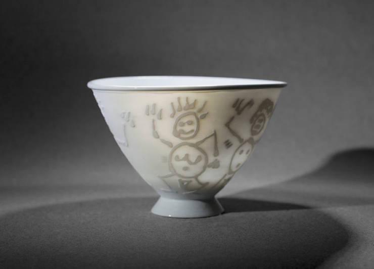 Bol à thé: Maison de style  par Poterie de Levejac