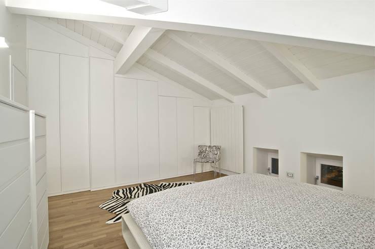 Casas de estilo  por Fabio Gianoli