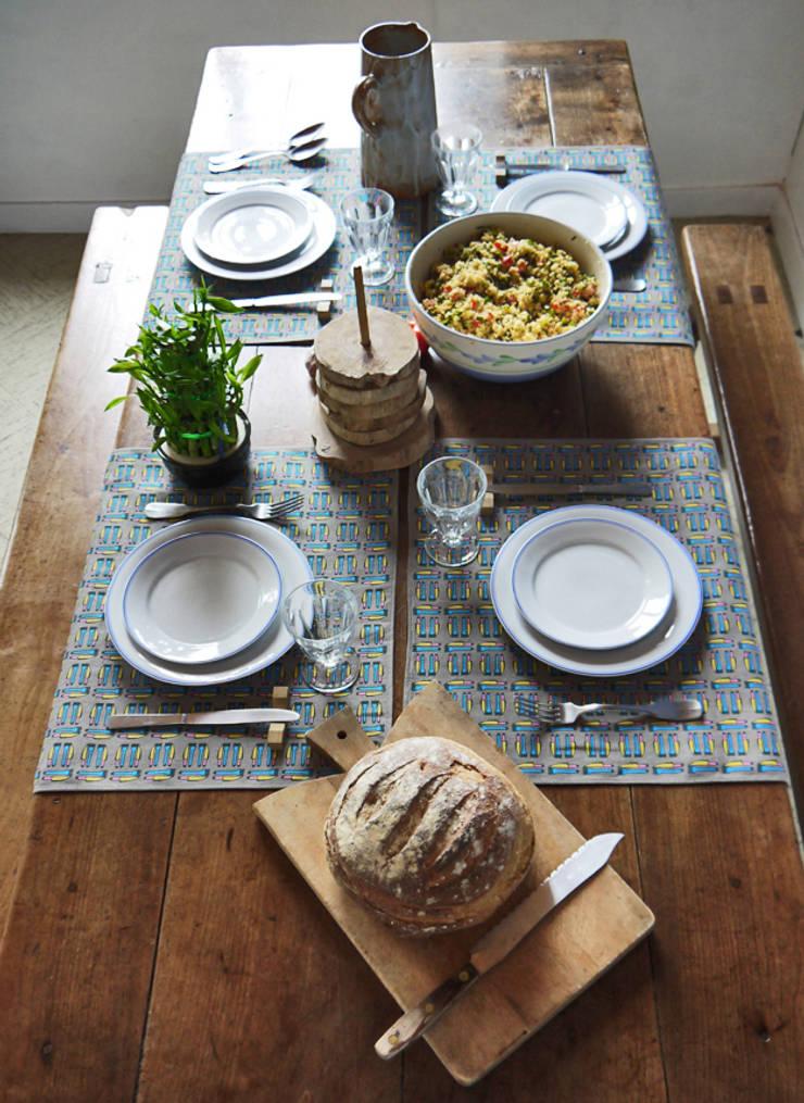 TORCHON / DISH TOWEL cantina: Cuisine de style  par décoratoire