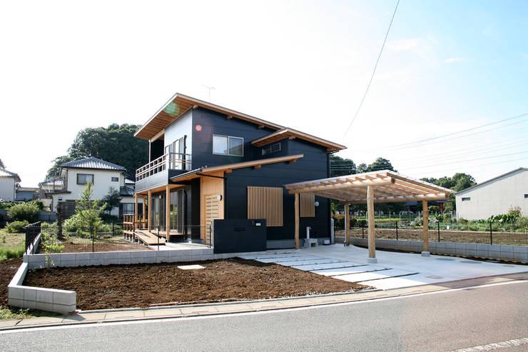 บ้านและที่อยู่อาศัย by 八島建築設計室